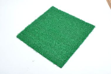 China Comfortable Green Golf Artificial Turf / Realistic  Fake Golf Grass factory