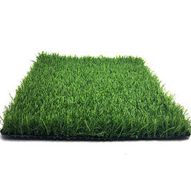 China Recycled Artificial Green Grass / Outside Dog Friendly Fake Grass factory