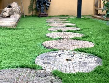 China Plastic Greenfields  Patio And Artificial Grass Front Yard Comfortable factory