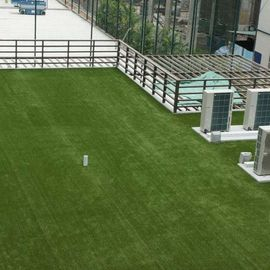 China Polyethylene Low Cost  Artificial Grass On Flat Roof  20-40 Mm Height factory